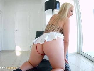 Ass traffic giving you jessyka swan for anal sex