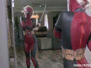 – Bella Rose – Super Hero Stepsister Fuck