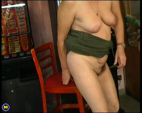 Mature.nl- Sigrid (47) - This dude fucks an older nympho housewife