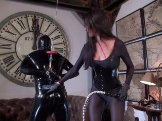 Kinky Mistresses – Mistress Susi Puts Her Whip Up Your Ass