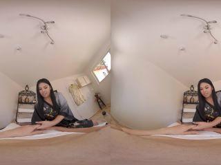 Cindy Starfall in Full Body Massage