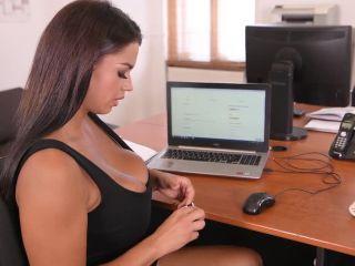 Online Video Chloe Lamour – (HandsOnHardcore - DDFNetwork) – Giant Tits Fucked Hard double penetration