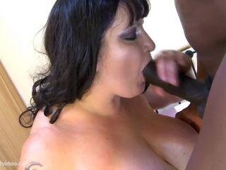 Mature bbw woman with big boobs sucking bbc