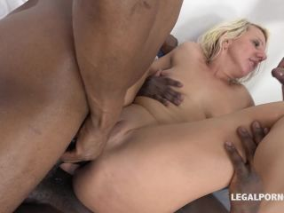 Oh my god! The goddess Brittany Bardot teaching Lucy Angel how to take ...