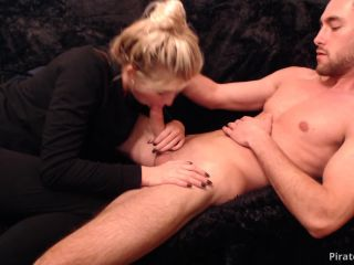 ManyVids Webcams Video presents Girl RobXXXrider – AFTER GYM SUCK AND HAND JOB