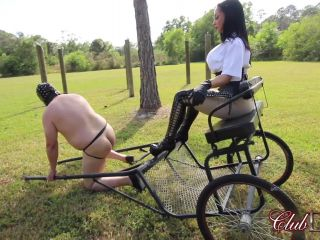 Outdoors – ClubDom – Mistress Crystal Paddles The Pony Slave