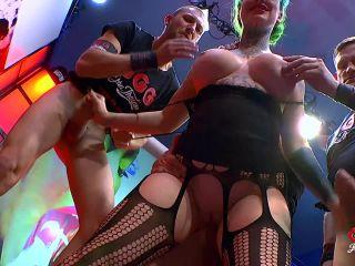 Phoenix Madina, Juliette Vandory - Phoenix Madina Alles Wird Geschluckt / Phoenix Madina - Everything is Swallowed! [JTPron, John Thompson, GGG / HD / 720p] on group anal dildo videos