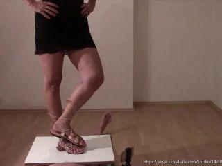 Mistress Fatalia – Gladiator reign testicles in pain – Femdom trampling