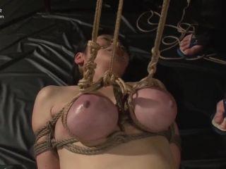 Porn online [XRW-517] マゾ乳奴隷 巨乳女崩壊 / Masochism Slave Big Tits Collapse