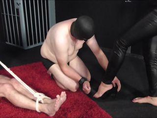 Porn online Deutsche Dominas - Lady Emerald - Artgerechte Sklavenhaltung femdom