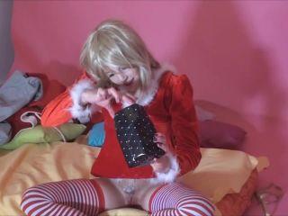 BambiBee18 – Spermageschenk vom Weihnachtsmann – BambiBee18: cum gift from Santa!