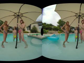 Naughty America VR – Khloe Kapri, Penelope Kay & Sera Ryder