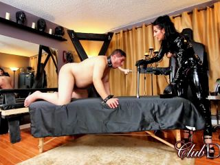 ClubDom - Raven Eve's Fucking Machine - strap-on online on fetish porn