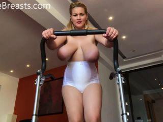Erin Star HugeBoobsErin - Topless On The Treadmill - hd