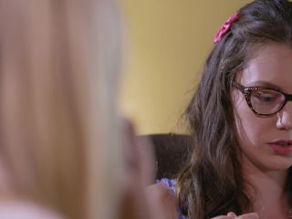 Aidra Fox, Charlotte Stokely, Elena Koshka in Blind Taste Test