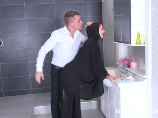 Online video Freya Dee - Tail In The Bathroom blowjob