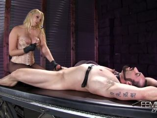 Latex – VICIOUS FEMDOM EMPIRE – Prostate Wand Milking Starring Mistress Vanessa Cage