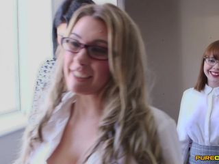 Male Ejaculation – Pure CFNM – Meet Her Boss – Cherry English, Lola Lee, Roxi Keogh and Sapphire Rose