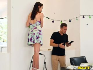 Ashly Anderson – Surprise For The Party Planner (HD)
