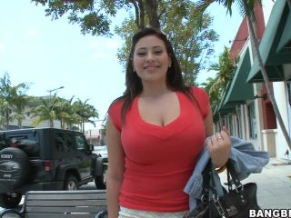 Selena Castro's Delicious Fun Bags