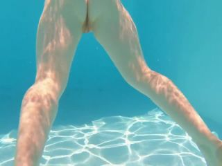 Under Water FJ