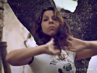 ManyVids presents ArgenDana in Grunge extreme anal session