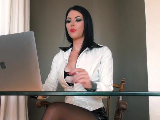 Young Goddess Kim – LIFE UNDER YGK'S DESK – Footworship – Footlicking, Femdom on lesbian czech femdom
