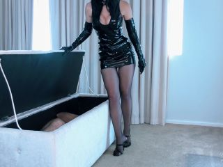 Edging Games – Young Goddess Kim – Wicked Game