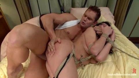 Brooklyn Lee - Convict Lust (540p)