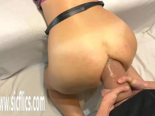 [center]: farting, anus, fucking-videos-screenshot-5
