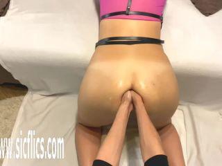 [center]: farting, anus, fucking-videos-screenshot-7