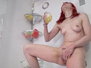Bitchmoni - Washing myself with my Piss [FullHD 1080P] - Screenshot 6