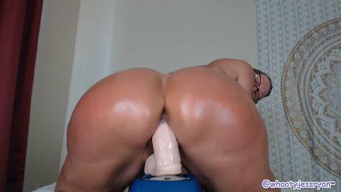 Twerking milf jess ryan riding bbc big ass anaconda