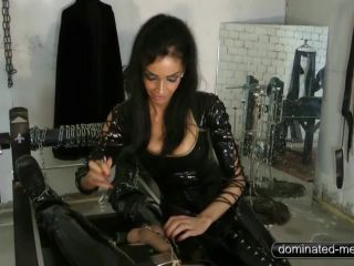 Dominated-Men – Mistress Zita – Art of Domination