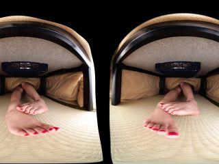 Rina Sanada - Looking at Your Stepsister Under the Table - JAV VR Watc ...