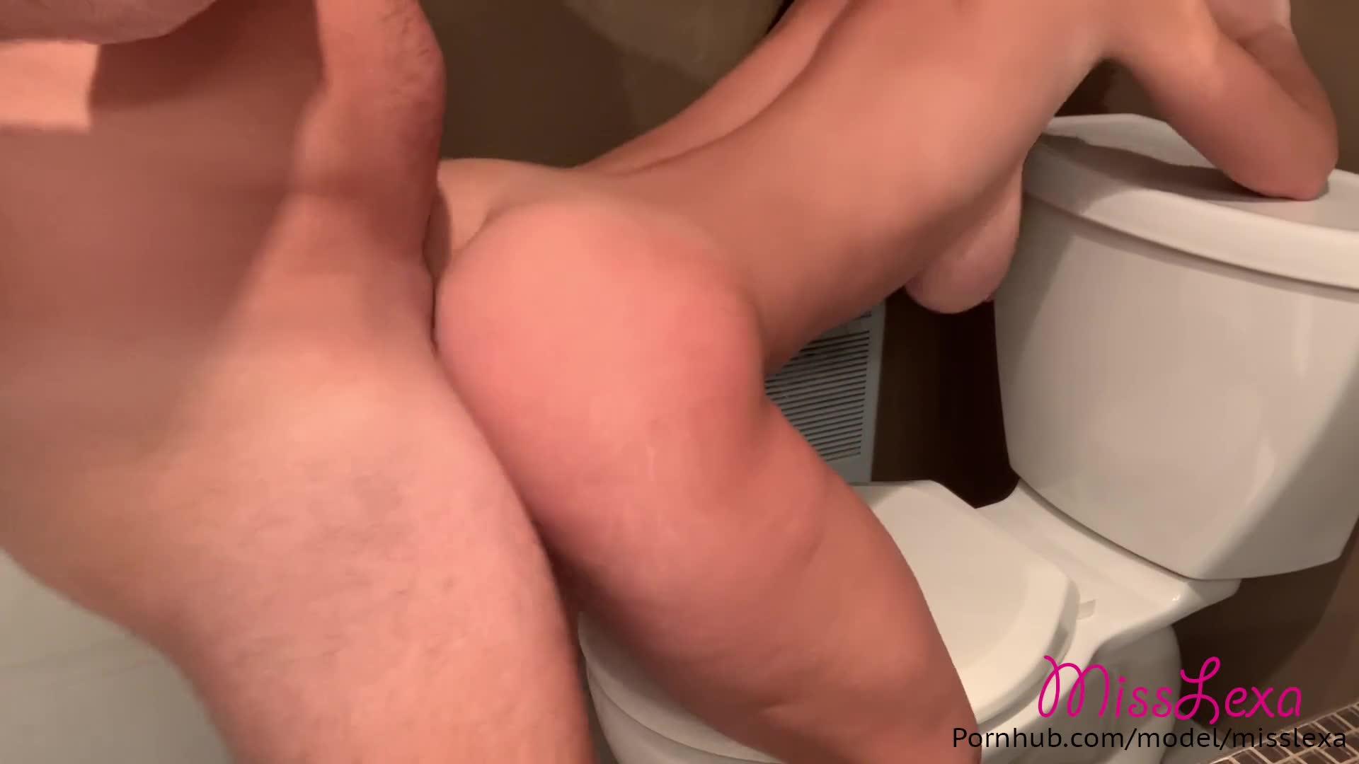 Big Ass White Teen Solo