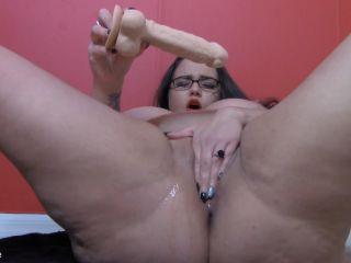 female hand fetish AthenaBlaze in Naughty Squirting BBW Teacher, squirting on bbw