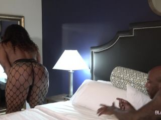 Watch Ms. Royale Monroe Gets Fucked