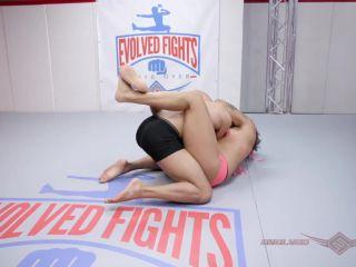 EvolvedFights – Daisy Ducati vs Oliver Davis – Mixed Wrestling