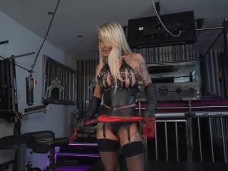 Femdom 2019 Welcome To Calea Toxic Trampling Fun Trampling K2S Cc Online  Slave