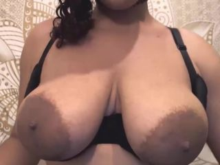 Awes ebony babe with curvy ass and huge nipples!