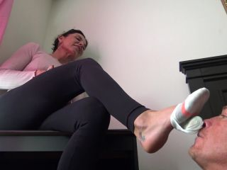 Femdom – Goddess Zephy – LICK My dirty socks AGAIN *loser of the month*