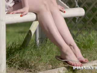 Ella hughes in hyde park without panties