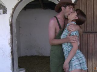 Real cowgirl get totally drilled horny ass hole outdoor