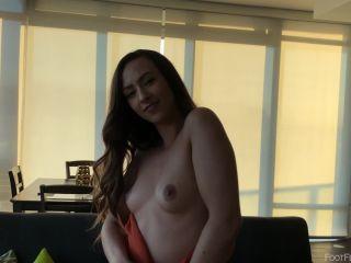 Foot Fetish - Jackie Adler Showing Off 188