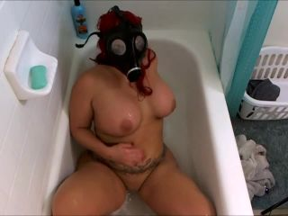 Gas mask and bubbles