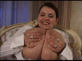 Milena Velba, Sunny Wagner – Milk!!!