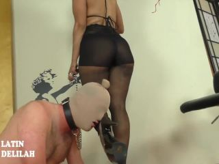 SQ Bossy Latin Bitch Delilah - Bossy Delilah: Shiny Pantyhose Worship Beta Tongue Glide, asian crush fetish on femdom porn