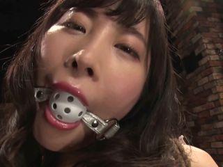 CMC-226 Momo Hazuki, A Female SM Writer Dropped In The Nest Of A Humiliating Beast!!!