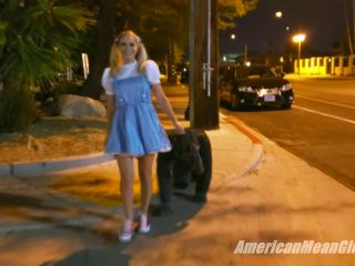 Foot Worship – THE MEAN GIRLS – Dorothy Humiliates Toto – Goddess Pltinum, motherless femdom on cosplay